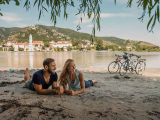 Badespaß am Donauradweg vor Dürnstein © Andreas Hofer